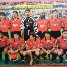Coleccionismo deportivo: POSTER RCD MALLORCA SUBCAMPEON RECOPA DE EUROPA 1998/1999 - REVISTA SOLO GOLES 98/99 FINALISTA . Lote 37104044