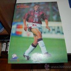 Coleccionismo deportivo: SELECCIÓN DE FÚTBOL DE INGLATERRA: PÓSTER DE MICHAEL OWEN. 1998. Lote 38315700