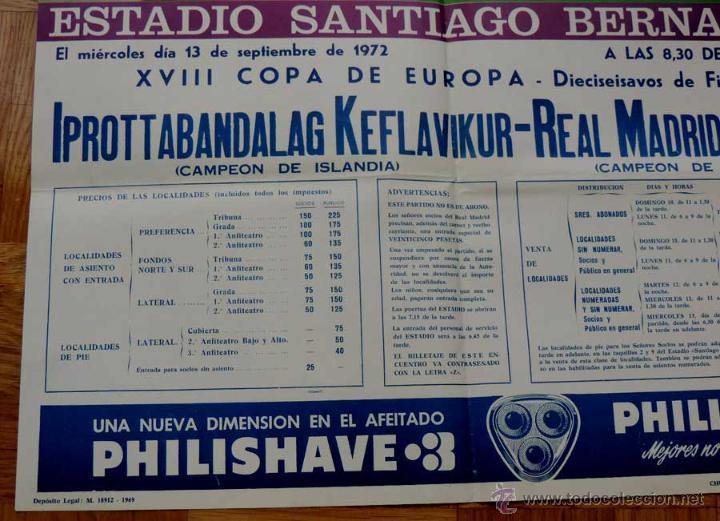 Coleccionismo deportivo: 1972, CARTEL ORIGINAL REAL MADRID, IPROTTABANDALAG KEFLAVIKUR (Campeon de Islandia), FUTBOL, XVIII C - Foto 2 - 43879116