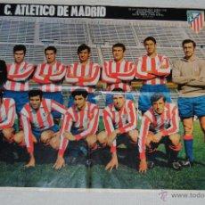 Coleccionismo deportivo: POSTER ATLETICO DE MADRID 1969-70 REVISTA LA ACTUALIDAD 66 X 52. Lote 44648495