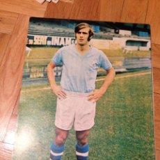 Coleccionismo deportivo: CARTEL POSTER FUTBOL AS COLOR FERNANDEZ AMADO CELTA DE VIGO. Lote 47000806