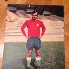 Coleccionismo deportivo: CARTEL POSTER FUTBOL AS COLOR SANTAMARIA RACING SANTANDER. Lote 47001139