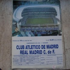 Coleccionismo deportivo: POSTER REAL MADRID-AT. MADRID JUNIO 77 39X28 CMS. Lote 47504052