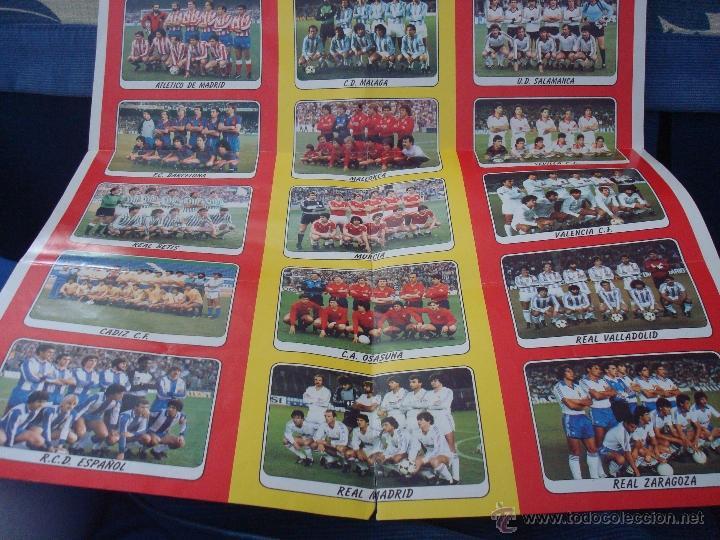 Coleccionismo deportivo: EXTRAORDINARIO CARTEL POSTER FUTBOL 84 PANINI MARADONA BARCELONA ÚNICO EN TODOCOLECCION. LEER - Foto 3 - 48623562