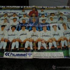 Coleccionismo deportivo: CARTEL REAL MADRID CAMPEÓN LIGA 1987 1988 87 88 GRAN TAMAÑO 96X59 DIARIO AS. CON FIRMAS JUGADORES. Lote 51318888