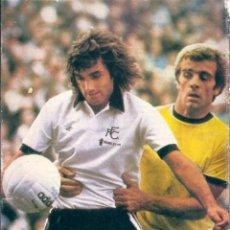 Coleccionismo deportivo: GEORGE BEST. MINIPÓSTER CON EL FULHAM. Lote 53657740