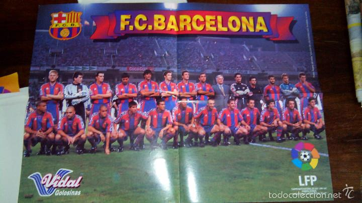Coleccionismo deportivo: Posters futbol golosinas Vidal. Liga 96/97. Barcelona, Betis, Atletico, Ronaldo, Stochkov, Kiko... - Foto 2 - 55251189