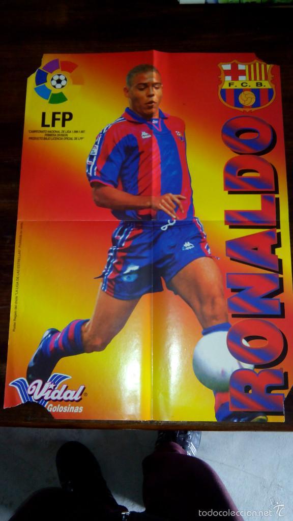 Coleccionismo deportivo: Posters futbol golosinas Vidal. Liga 96/97. Barcelona, Betis, Atletico, Ronaldo, Stochkov, Kiko... - Foto 14 - 55251189