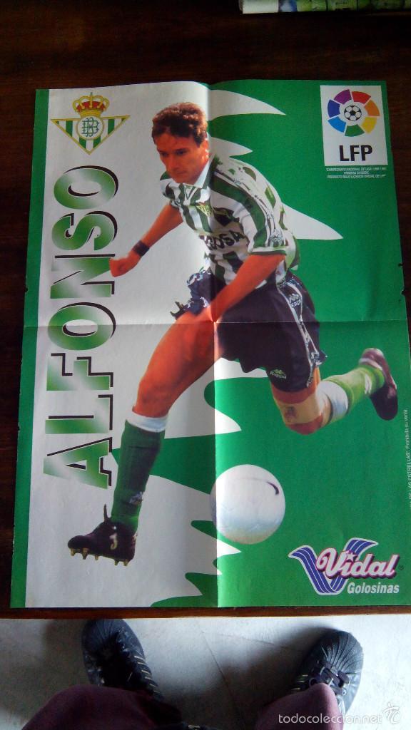 Coleccionismo deportivo: Posters futbol golosinas Vidal. Liga 96/97. Barcelona, Betis, Atletico, Ronaldo, Stochkov, Kiko... - Foto 15 - 55251189