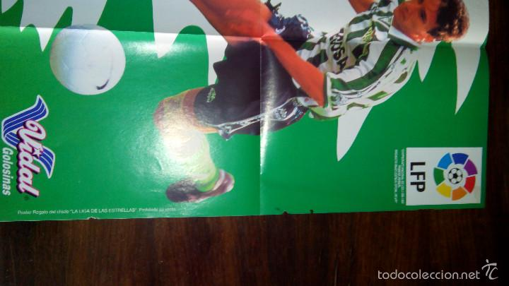 Coleccionismo deportivo: Posters futbol golosinas Vidal. Liga 96/97. Barcelona, Betis, Atletico, Ronaldo, Stochkov, Kiko... - Foto 16 - 55251189