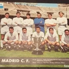Coleccionismo deportivo: REAL MADRID - POSTER/CARTEL/LÁMINA EQUIPO AÑO 1967 - TELE EXPRES - 24,5 X 33,5 -. Lote 121812218