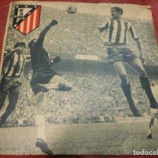 Coleccionismo deportivo: AÑOS 70 CARTEL DE FUTBOL DEL ATLETICO DE MADRID FIRMADO POR URTIAGA AUTOGRAFO. Lote 66105974