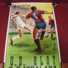 Coleccionismo deportivo: GRAN CARTEL DE FUTBOL DEL IGUALADA TERCERA DIVISION CONTRA EL U.D.OLOT,DEL 1980. Lote 78292049