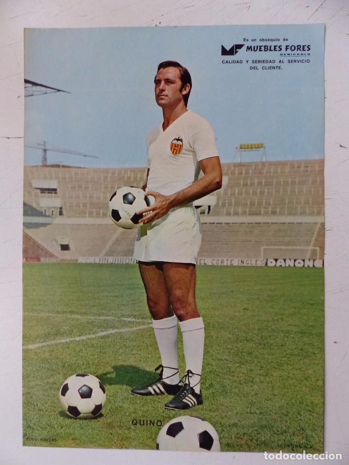 Coleccionismo deportivo: VALENCIA C.F. - 15 CARTELES FUTBOLISTAS, AÑOS 1970 FINEZAS - FERRYS, PUNTOLINK, MUEBLES FLORES - Foto 5 - 116622263