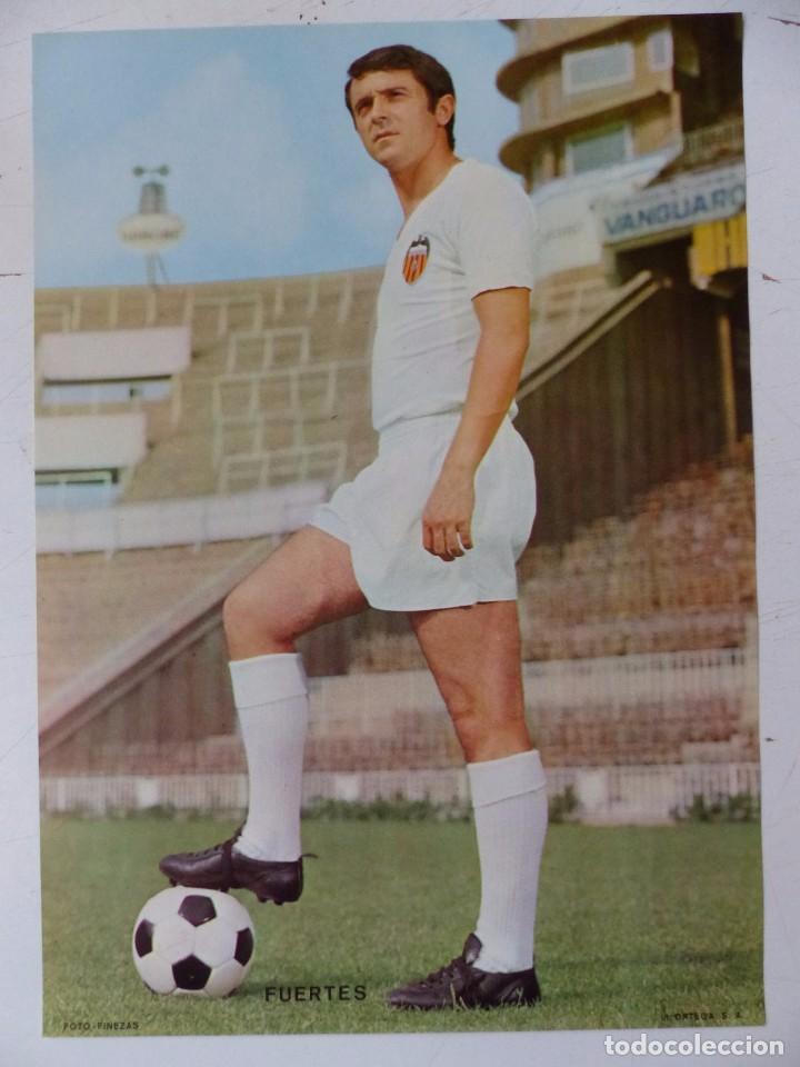 Coleccionismo deportivo: VALENCIA C.F. - 15 CARTELES FUTBOLISTAS, AÑOS 1970 FINEZAS - FERRYS, PUNTOLINK, MUEBLES FLORES - Foto 10 - 116622263