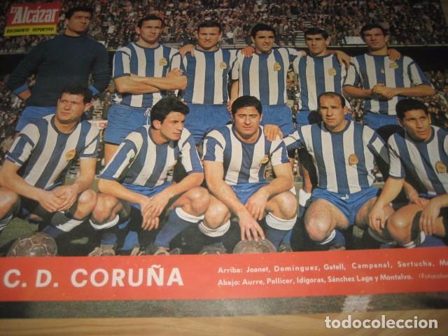 Coleccionismo deportivo: POSTER LAMINA FUTBOL R.C.D. CORUÑA 1967. REVISTA EL ALCAZAR - Foto 2 - 91525730