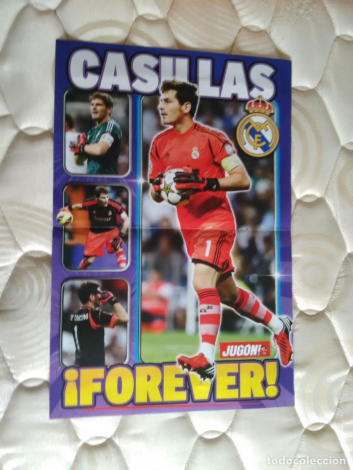 DOBLE PÓSTER 2 PÁG JUGÓN CASILLAS FOREVER, REAL MADRID Y LEO MESSI BALONES ORO F.C.BARCELONA, BARÇA (Coleccionismo Deportivo - Carteles de Fútbol)