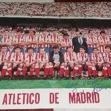 Coleccionismo deportivo: POSTER ATLETICO MADRID. CON DEDICATORIA LITOGRAFIADA GIL I GIL A LA PEÑA DE CEUTA. Lote 96190727