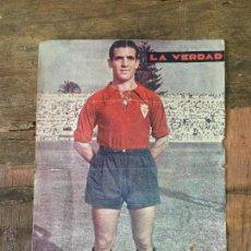 Coleccionismo deportivo: LAMINA JUGADOR DEL REAL MURCIA 1955 - PERIODICO LA VERDAD. Lote 105630275