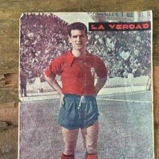 Coleccionismo deportivo: LAMINA JUGADOR DEL REAL MURCIA 1955 - PERIODICO LA VERDAD. Lote 105630303