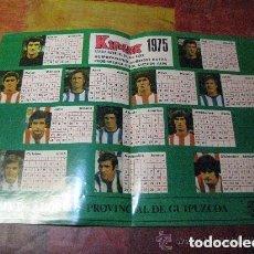 Coleccionismo deportivo: CALENDARIO 1975 CON JUGADORES DE FUTBOL VASCOS / EN CASTELLANO Y EUSKARA. Lote 107774167