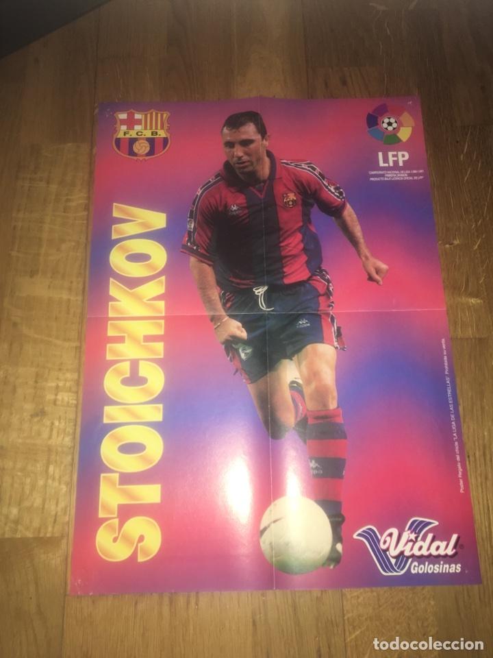 PÓSTER STOICHKOV CHICLES VIDAL FC BARCELONA BARÇA (Coleccionismo Deportivo - Carteles de Fútbol)