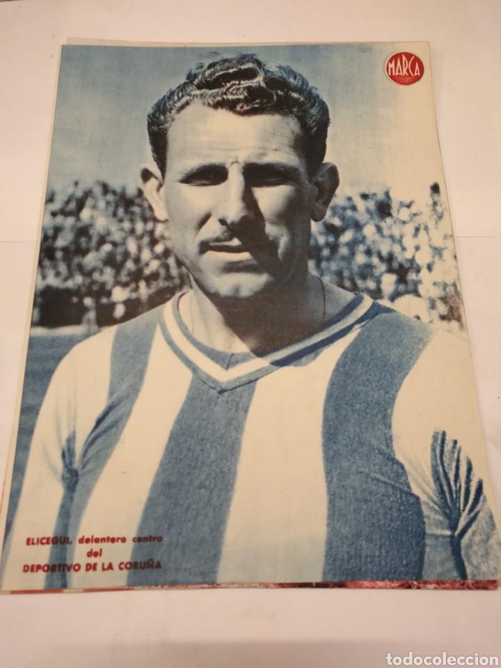 Coleccionismo deportivo: LOTE DE 12 POSTERS DE FUTBOL MARCA TEMPORADA 1942 - 1943. REAL MADRID / VALENCIA / DEPORTIVO - Foto 7 - 109284810