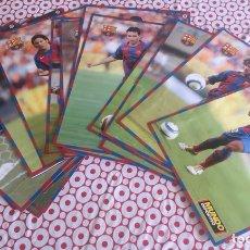Coleccionismo deportivo: COLECCIÓN POSTERS FC BARCELONA MUNDO DEPORTIVO 2002-2003. Lote 111914488