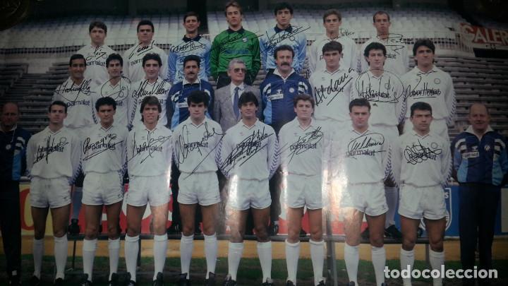 GRAN POSTER DEL REAL MADRID CASTILLA FIRMADO POR LOS JUGADORES 1977 - 78 . FIRMAS IMPRESAS (Coleccionismo Deportivo - Carteles de Fútbol)