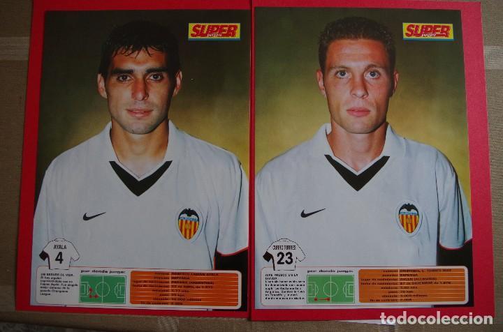 Coleccionismo deportivo: CARPETA DE SUPER DEPORTE CON 24 FOTOS CON FICHA TECNICA DE LOS JUGADORES DEL VALENCIA CF 2001 - Foto 4 - 118538139