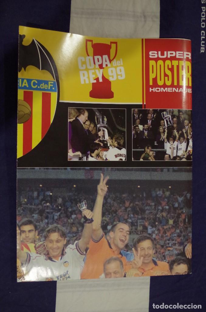 Coleccionismo deportivo: VALENCIA CF CAMPEON COPA DEL REY 1999 - SUPER POSTER HOMENAJE DE MARCA - 98 X 68 CM - Foto 2 - 118935043