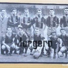 Coleccionismo deportivo: F.C. BARCELONA. ALINEACIÓN PARTIDO DE LIGA 1958-1959 EN EL CAMP NOU CONTRA EL ESPANYOL. RECORTE. Lote 120795507