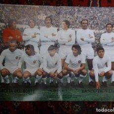 Coleccionismo deportivo: PÓSTER VALENCIA C.F. 1972-73 PERIÓDICO LA GACETA DEL NORTE DE BILBAO FÚTBOL. Lote 126100551
