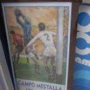 Coleccionismo deportivo: CARTEL FÚTBOL PARTIDO VALENCIA SEVILLA 2 ENERO 1966. ENMARCADO. ORIGINAL.. Lote 130318818