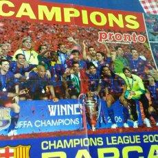 Coleccionismo deportivo: CHAMPIONS LEAGUE 2006 DETRÁS , PUYOL LEVANTANDO LA COPA .(40X60). Lote 132936682