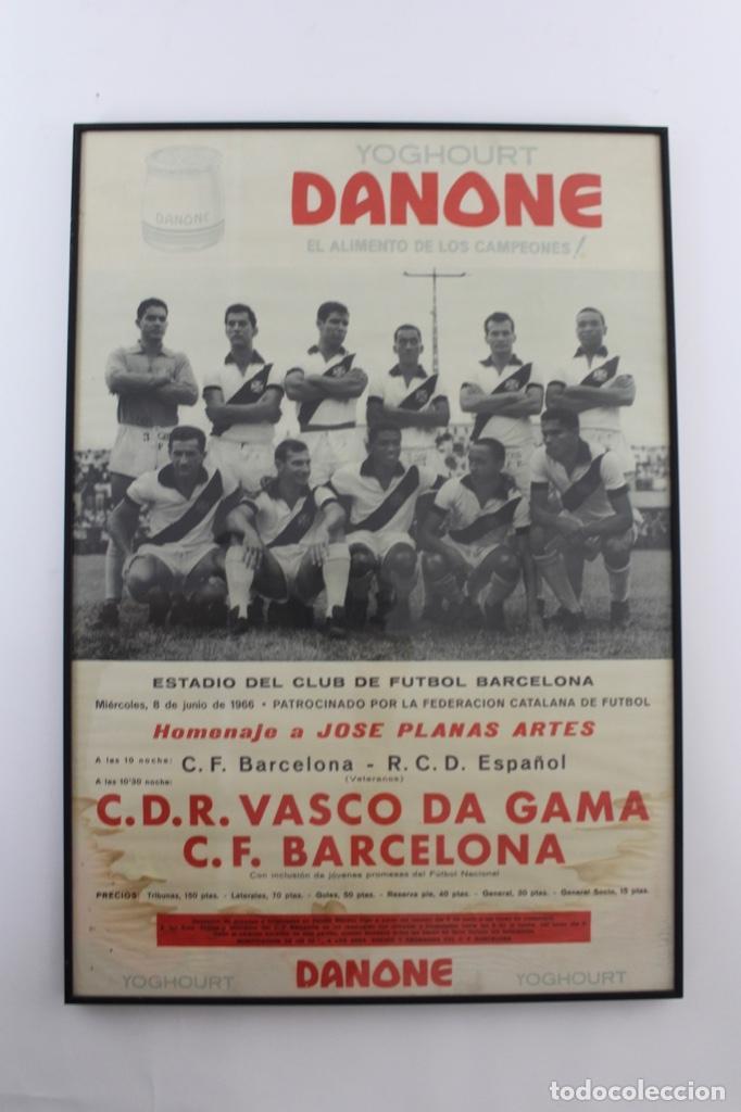 C-762 C.F.BARCELONA. CARTEL HOMENAJE A JOSE PLANAS ARTES. 8 DE JUNIO DE 1966. (Coleccionismo Deportivo - Carteles de Fútbol)