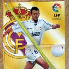 Coleccionismo deportivo: POSTER GOLOSINAS VIDAL MIJATOVIC REAL MADRID TEMPORADA 1996-97 CHICLES. Lote 143880318
