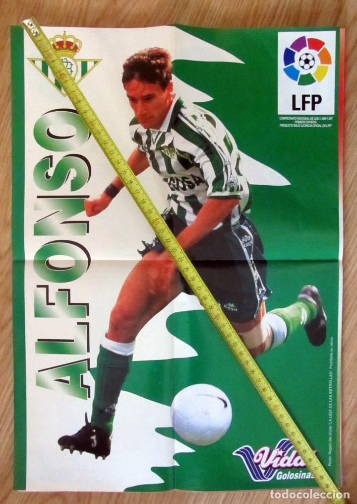 POSTER GOLOSINAS VIDAL ALFONSO REAL BETIS TEMPORADA 1996-97 CHICLES (Coleccionismo Deportivo - Carteles de Fútbol)