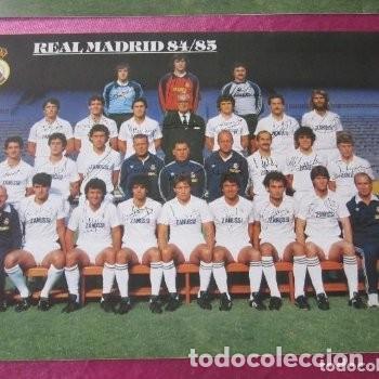 Coleccionismo deportivo: CARTEL REAL MADRID CON FIRMAS JUGADORES LIGA 84 85. - Foto 3 - 145934938