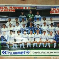 Coleccionismo deportivo: POSTER REAL MADRID CF. 1986-87. GRAN TAMAÑO 96 X 61 CMS. AS. Lote 147531668