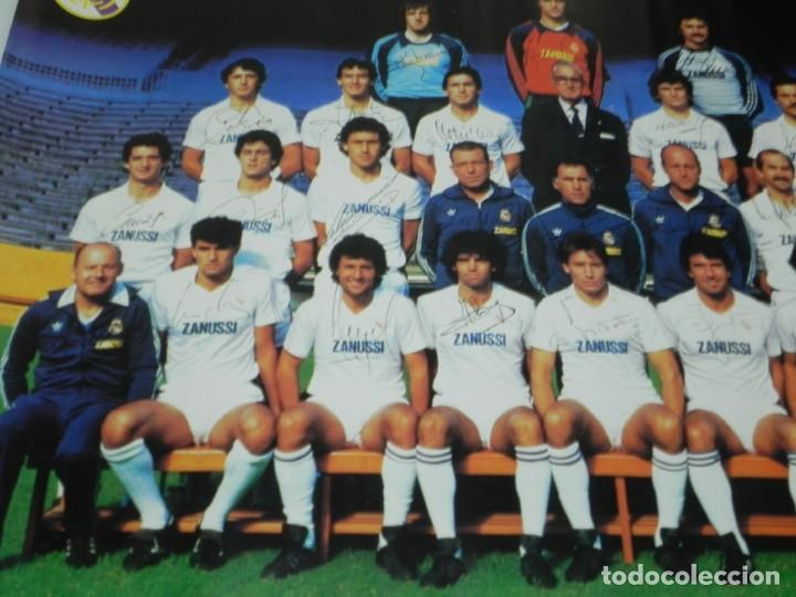 Coleccionismo deportivo: CARTEL, POSTER REAL MADRID TEMPORADA 1984 1985 - 84/85 - CON LAS FIRMAS IMPRESAS DE LOS JUGADORES, M - Foto 3 - 159953906