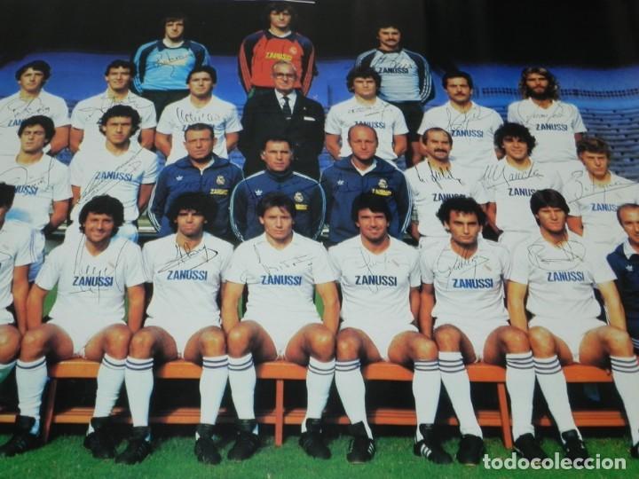 Coleccionismo deportivo: CARTEL, POSTER REAL MADRID TEMPORADA 1984 1985 - 84/85 - CON LAS FIRMAS IMPRESAS DE LOS JUGADORES, M - Foto 4 - 159953906