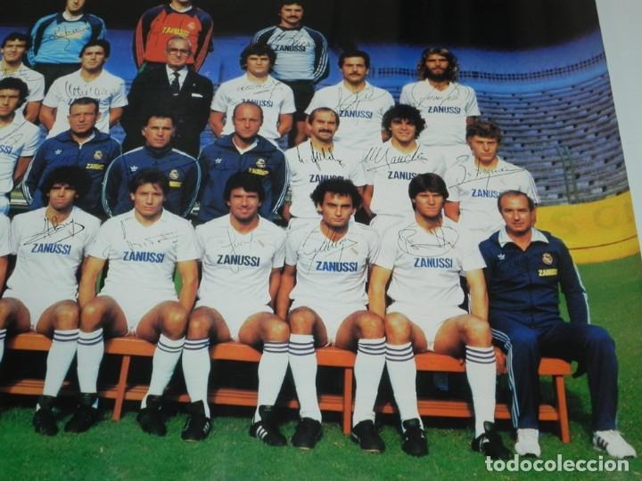 Coleccionismo deportivo: CARTEL, POSTER REAL MADRID TEMPORADA 1984 1985 - 84/85 - CON LAS FIRMAS IMPRESAS DE LOS JUGADORES, M - Foto 5 - 159953906