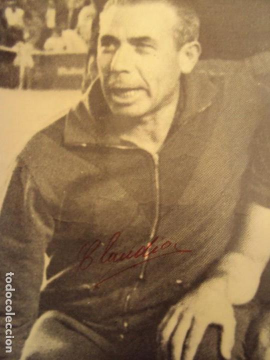 Coleccionismo deportivo: (F-190550)CARTEL C.F.BARCELONA CAMPEON DE ESPAÑA 1967-68 AUTOGRAFOS ORIGINALES - Foto 8 - 164114438