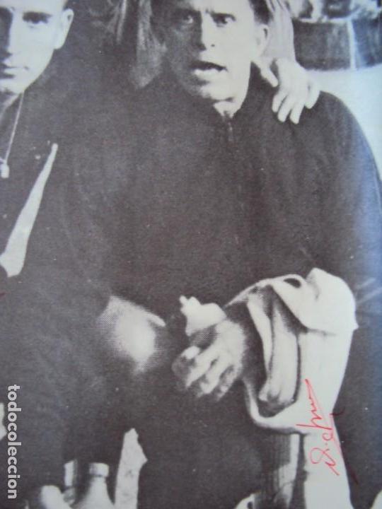 Coleccionismo deportivo: (F-190550)CARTEL C.F.BARCELONA CAMPEON DE ESPAÑA 1967-68 AUTOGRAFOS ORIGINALES - Foto 14 - 164114438