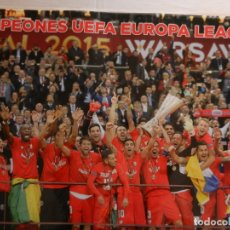 Coleccionismo deportivo: CARTEL SEVILLA F.C. CAMPEONES DE UEFA EUROPA LEAGUE 2015 - ABC - PLASTIFICADO - MEDIDAS 1MX70 CM. Lote 165105298