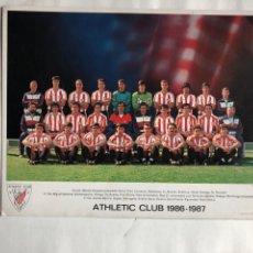 Coleccionismo deportivo: TARJETON ATHLETIC CLUB BILBAO 1986 -1987. 21 X 27 CMS.. Lote 166993057
