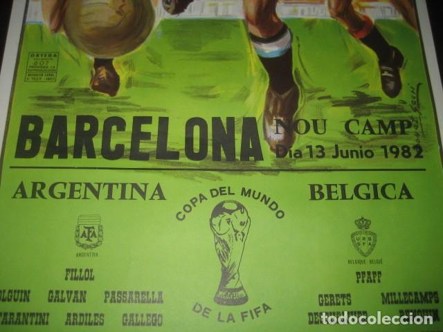 Coleccionismo deportivo: CARTEL POSTER FUTBOL MUNDIAL ESPAÑA 1982. ESTADIO NOU CAMP BARCELONA. ARGENTINA - BELGICA - Foto 4 - 168245312