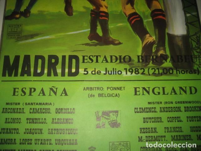 Coleccionismo deportivo: CARTEL POSTER FUTBOL MUNDIAL ESPAÑA 1982. ESTADIO S. BERNABEU, MADRID. ESPAÑA - INGLATERRA - Foto 4 - 168245384