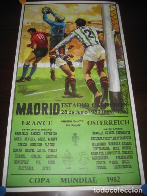 CARTEL POSTER FUTBOL MUNDIAL ESPAÑA 1982. ESTADIO V. CALDERON, MADRID. FRANCIA - AUSTRIA (Coleccionismo Deportivo - Carteles de Fútbol)